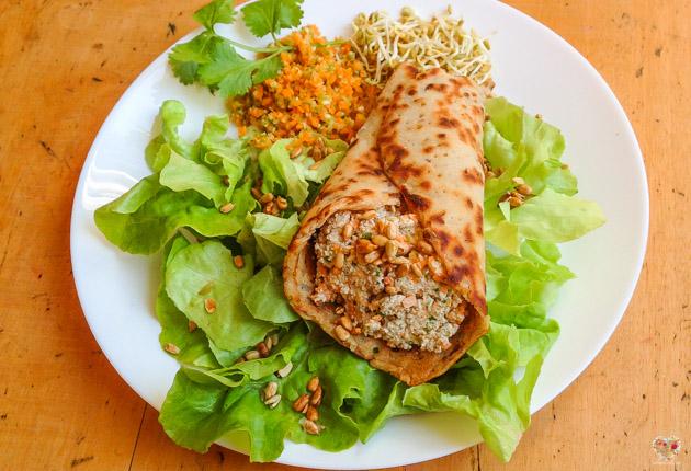 wrap relleno de queso zanahoria apio y cilantro receta alma verde