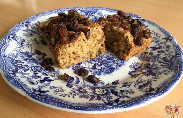 Receta de cake sin gluten con avena, almendras y pasas de uva