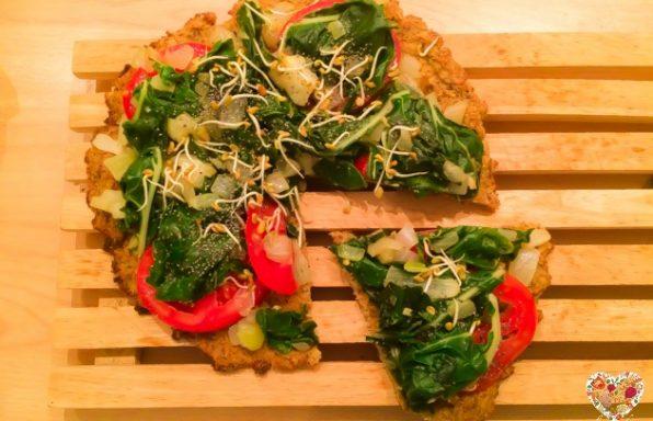 Pizza vegana de coliflor con harina de garbanzos