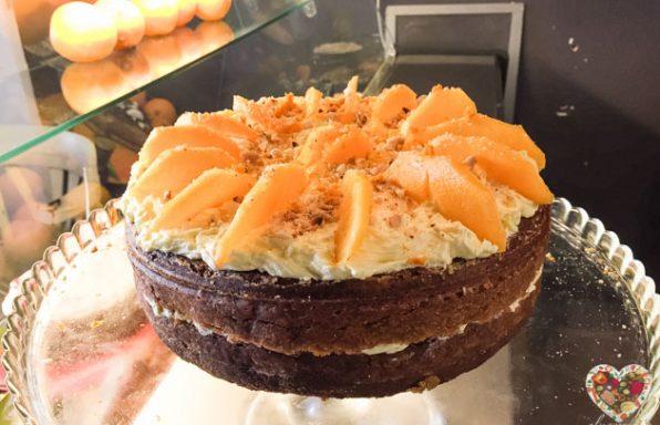 Carrot cake vegana sin gluten con frosting