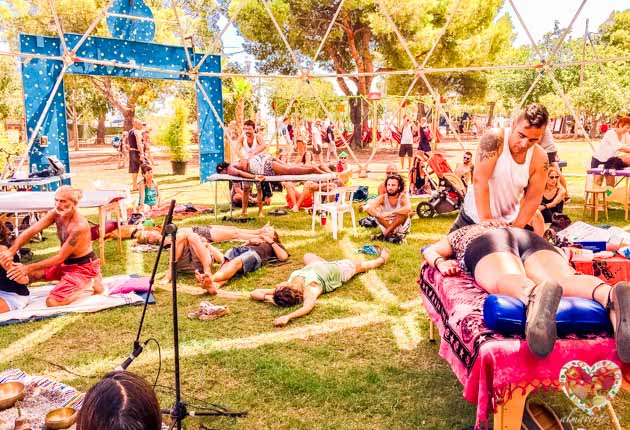 Masajes y terapias en el festival reggae en Benicassim