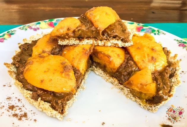 Tarta vegana de mousse de chocolate sin azúcar
